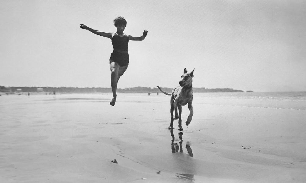 Jacques Henri Lartigue - Jeanine Lhemann - Royan, 1926